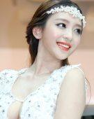 2012北京车展美女车模——雪铁龙1号车模