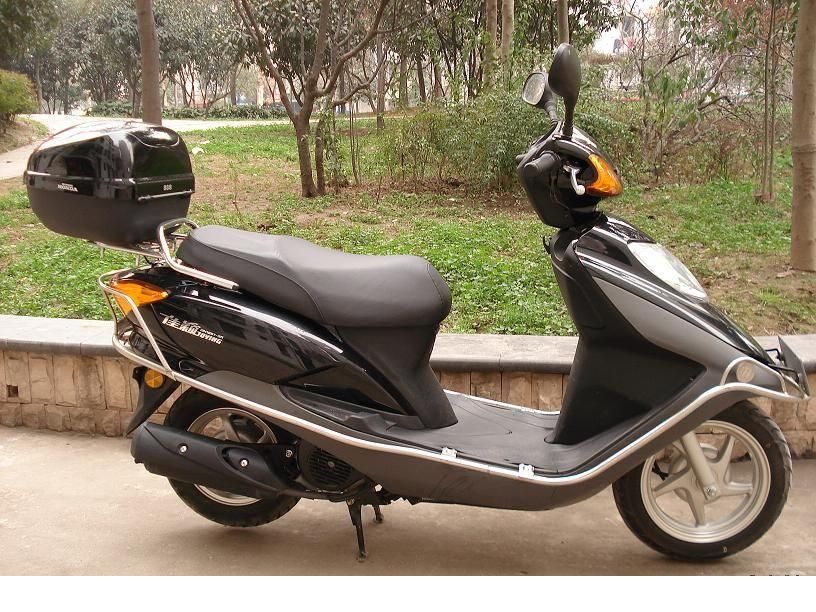 低价出售本田摩托车