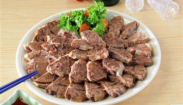 香鲫鱼耙牛肉