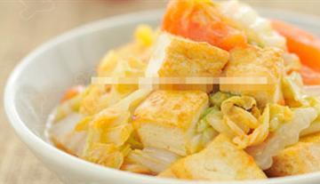 西红柿白菜炒豆腐
