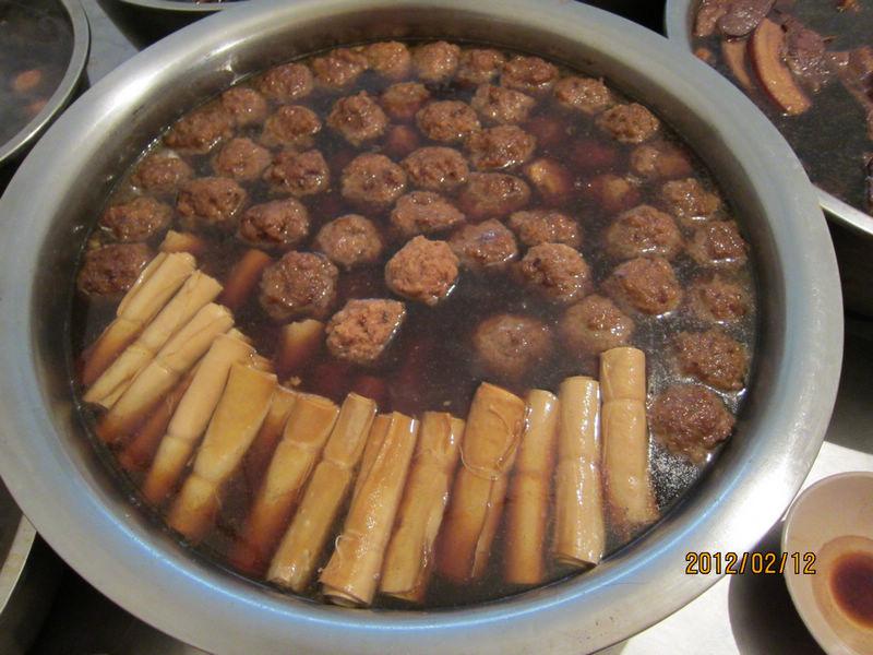 狮子头、豆腐卷