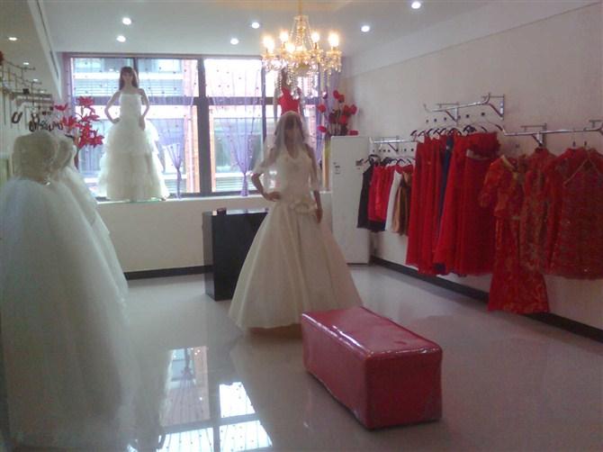 玫丽雅国际婚纱礼服专卖