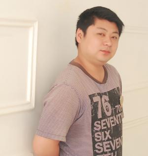 宇哥,数码设计师