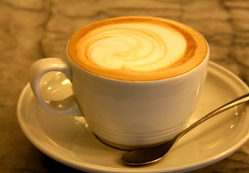 拿铁和卡布奇诺咖啡的区别?它们不都是奶咖么?   知乎