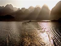 1003万峰湖